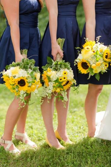 Bridesmaids Sunflower bouquets